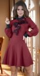 Красивое платье с расклешённой юбкой