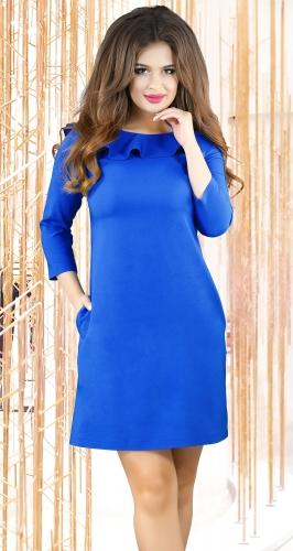 Ярко синее платье с красивой спинкой