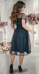 Очаровательное изумрудное вечернее платье