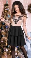 Красивое черное платье с пышной  юбочкой