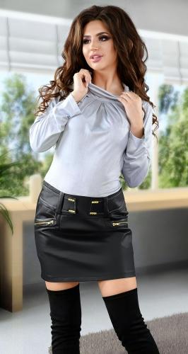 Модное повседневное платье серого цвета