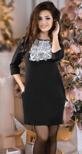 Стильное черное платье с кружевом