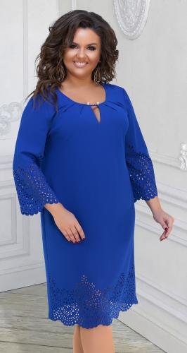 Красивое свободное платье с ажурными деталями № 321431,ярко синее