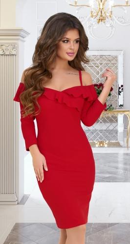 Узкое красное платье с декольте и воланами № 3924