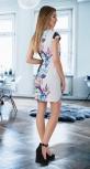 Чёрно-белое платье с яркими цветами № 13074
