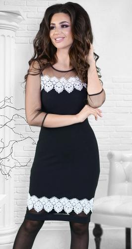 Нарядное платье ,черное с белым кружевом и жемчугом