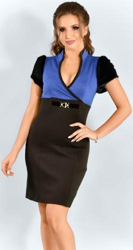 Роскошное синее платье с меховыми рукавами