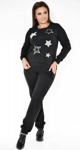 Черный спортивный костюм со звёздами