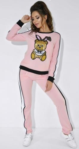 Спортивный костюм розового цвета с мишкой