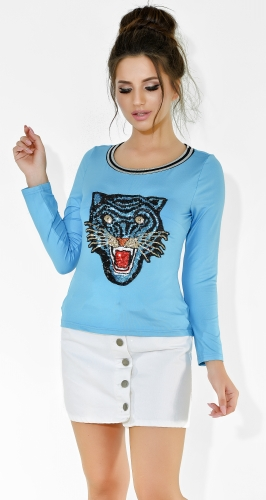 Голубая кофточка с тигром