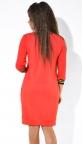 Красное повседневное платье со шмелем