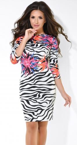 Эффектное коктейльное платье с принтом зебры