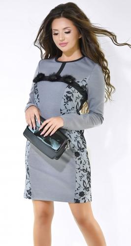Милое  платье серого цвета