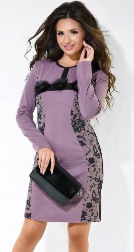 Милое  платье розового цвета