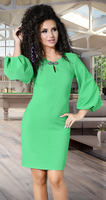 Зеленое офисное платье