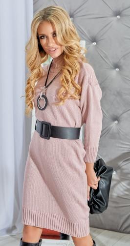 Полу-облегающее вязаное платье