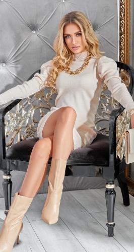 Узкое вязаное платье