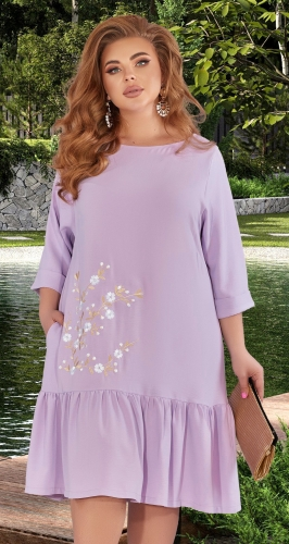 Лёгкое платье с нежной вышивкой