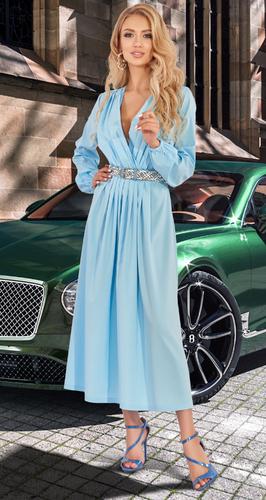Небесно - голубое платье