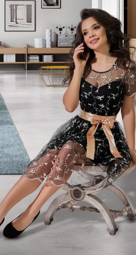 Платье из вышитой сеточки № 38383