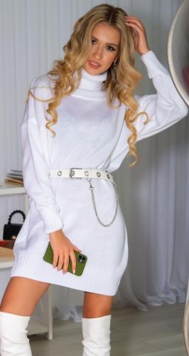 Свитер-платье белый