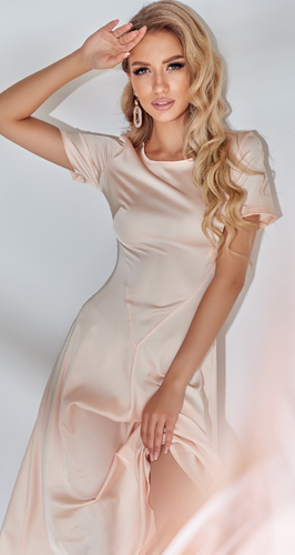 Изящное шелковое платье