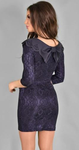 Нарядное гипюровое платье синего цвета