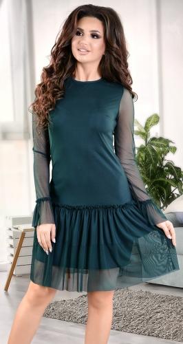 Нежное коктейльное платье цвета изумруд