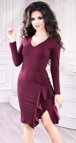 Изысканное коктейльное платье цвета марсала